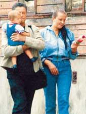 ИВАР КАЛНЫНЬШ: с подругой Лаурой и дочкой Луизой отдыхает в Риге от московской суеты