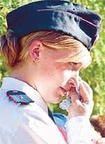 МЛАДШИЙ ЛЕЙТЕНАНТ: плачет по пацанам