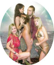 ГРУППОВУХА: Беркова (в центре) и Таня Таня (справа) (к/ф «Амазонки предпочитают викингов»)