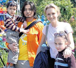 МУРАТ НАСЫРОВ: с гражданской женой Натальей, сыном Акимом и дочкой Лией