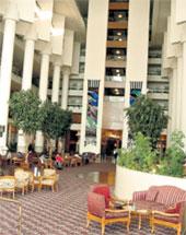 ГОСТИНИЦА «ИНТЕР-КОНТИНЕНТАЛЬ»: Роман Аркадьевич с невестой жили в самой дорогой гостинице Тель-Авива