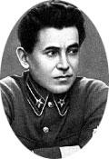 НИКОЛАЙ ЕЖОВ: нарком НКВД не спускал с Тухачевского и его женщин глаз