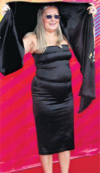ВЕЛИЧАВАЯ СТАТЬ: супруга Никиты Михалкова Татьяна вызывала зависть великолепной фигурой