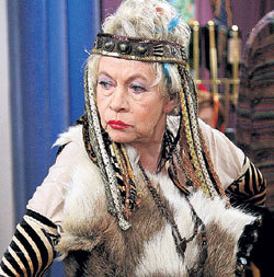 Бабушка Вики предстанет в новом сезоне в необычном образе