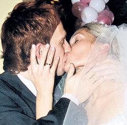 Актёр женился на Майе после трех лет ухаживаний