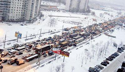 В пробках москвич-автомобилист проводит пятую часть жизни