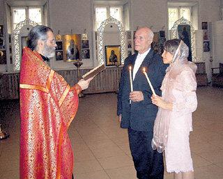 Чета ПОРОХОВЩИКОВЫХ обвенчалась 13 мая 2007 года. В этот же день 12 лет назад они официально оформили брак