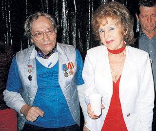 Смерть Бориса БРЕСЛЕРА и проблемы со здоровьем ведущей большой сцены Нины Степановой их коллеги считают следствием нервотрёпки