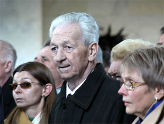 Виталий СЕВАСТЬЯНОВ во время похорон Павла ПОПОВИЧА (октябрь, 2009 г.)