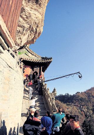 Съёмки фильма часто проходили в экстремальных условиях