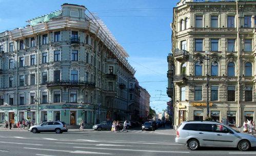 Мансарда Михаила Боярского (вверху слева). Фото fontanka.ru