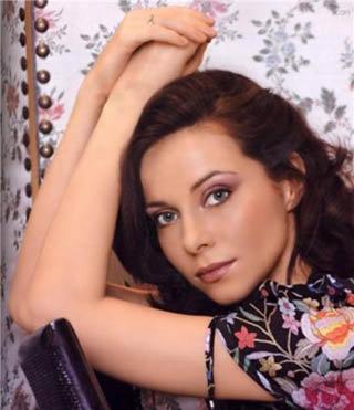 С помощью снимка актрисы Екатерины Гусевой мошенница обчистила влюбленного американца на кругленькую сумму.