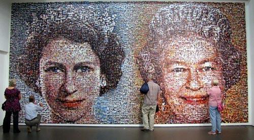 Мозаика, изображающая Елизавету II в год восшествия на престол (1952) и в год Бриллиантового юбилея (2012). ru.wikipedia.org