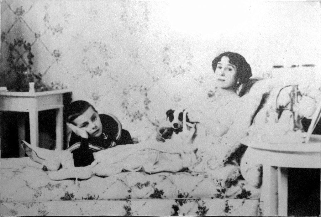 Кшесинская с сыном