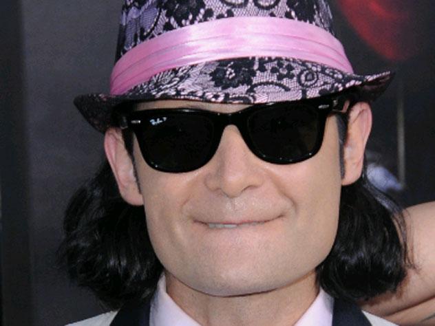 Артист пообещал выдать педофилов Голливуда за $10 млн