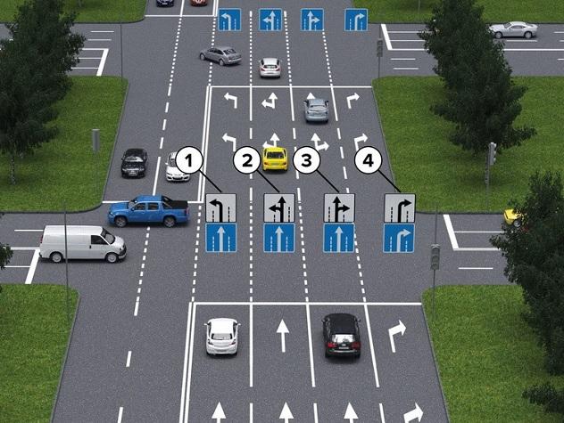 В РФ новые знаки появятся на трассах только через три года