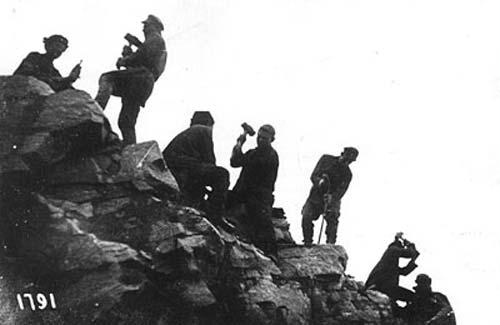 Заключенные на строительстве Беломорканала, фото 1931-33 года, когда стройкой руководил Успенский. Источник: wikimedia.org