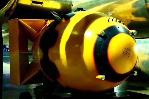 Макет сброшенной на Нагасаки бомбы «Толстяк». wikimedia