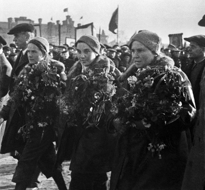 "Экипаж самолета ""Родина"", 1938 год. Фото: Б. Фишман/ИТАР-ТАСС"