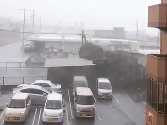«Конг-рэй» уже принес жертвы и разрушения в Японии
