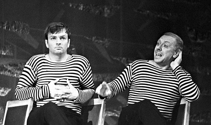 Анатолий Папанов и Михаил Державин в спектакле «Последний парад» (1968 г.)