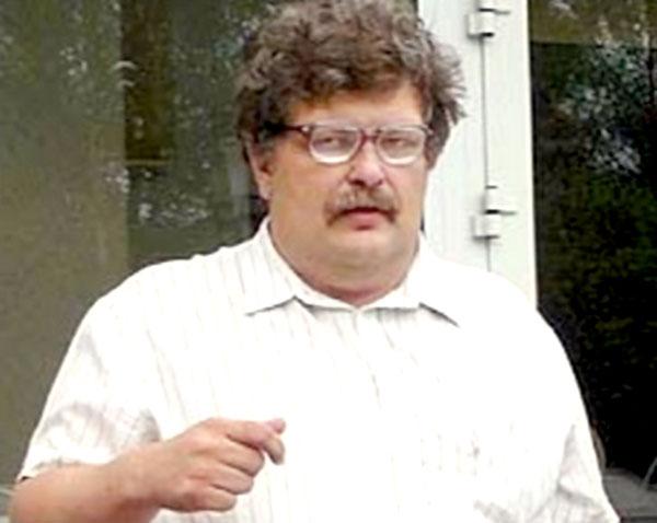 Странный знаток Георгий Жарков