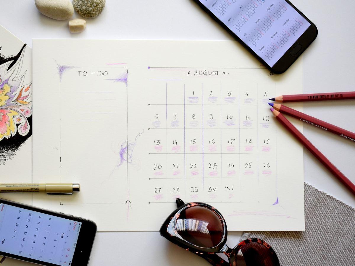 Затишье на работе и буря в личной жизни: гороскоп от Павла Глобы на неделю с 9 по 15 августа