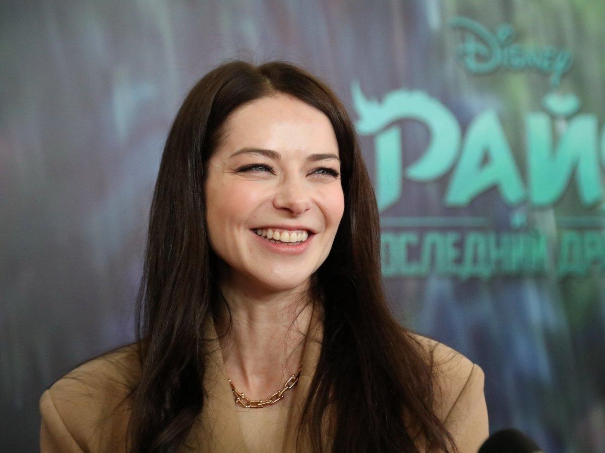 «Я устала от суеты»: Марина Александрова увезла детей в глушь